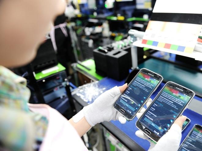 'Cong nhan nha may Samsung VN khong kho nhu loi bao Anh' hinh anh