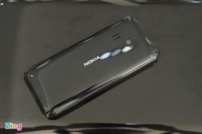 Mo hop Nokia 222 anh 13