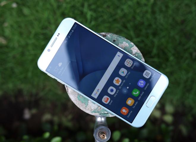 Galaxy A8 2016 xanh ngoc xach tay ve VN, gia 9 trieu dong hinh anh