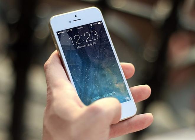 Cuop iPhone, nhan tin lua nan nhan thoat iCloud o Ha Noi hinh anh