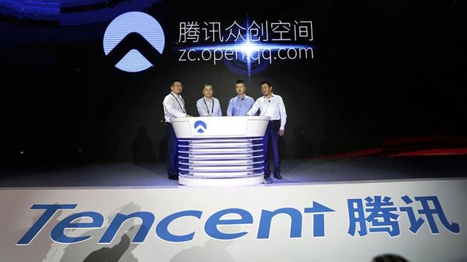 Nhan vien Tencent choi tro 'nguoi lon' o tiec cuoi nam hinh anh 1