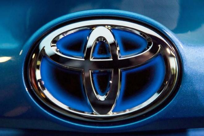 Toyota tiep tuc la thuong hieu oto dat gia nhat the gioi hinh anh 1 Toyota-Re