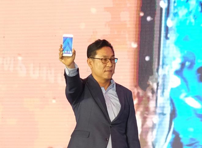 Samsung ram ro ra mat Galaxy A: Not thang sau Note 7? hinh anh