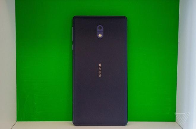 Anh thuc te Nokia 5 va Nokia 3: Khung kim loai, Android moi hinh anh 2