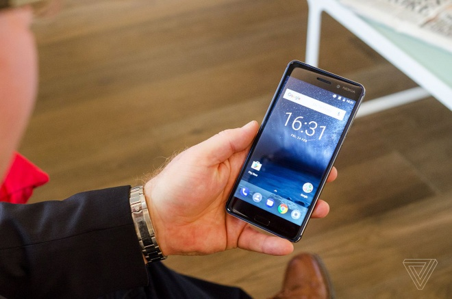 Anh thuc te Nokia 5 va Nokia 3: Khung kim loai, Android moi hinh anh 5