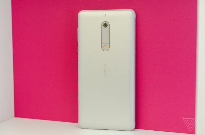 Anh thuc te Nokia 5 va Nokia 3: Khung kim loai, Android moi hinh anh 8