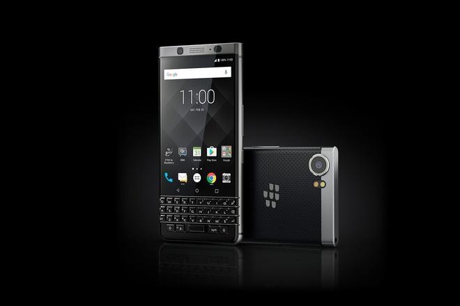 BlackBerry KeyOne ra mat: Phim QWERTY cam ung, gia 549 USD hinh anh 1