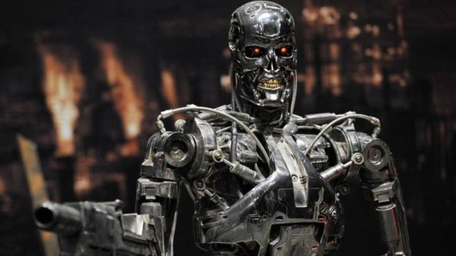 Robot giet nguoi trong nha may o My hinh anh