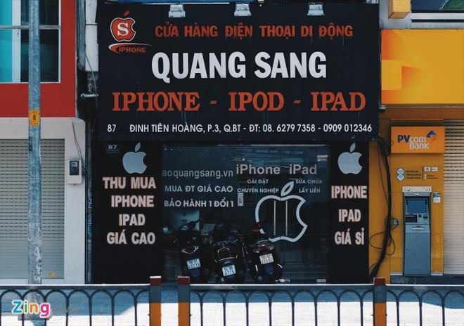 Logo Apple, iPhone tran ngap pho di dong Sai Gon hinh anh 7