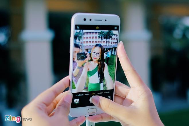 Anh thuc te Oppo F3 camera selfie kep gia 7,5 trieu vua ra mat hinh anh 4