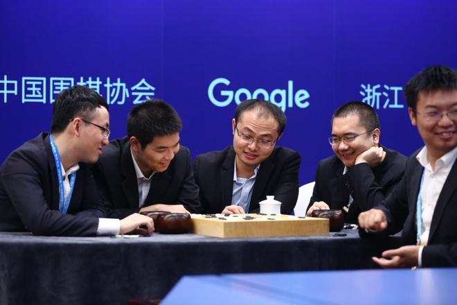 Thang nha vo dich co vay lan 3, AlphaGo chinh thuc giai nghe hinh anh 2