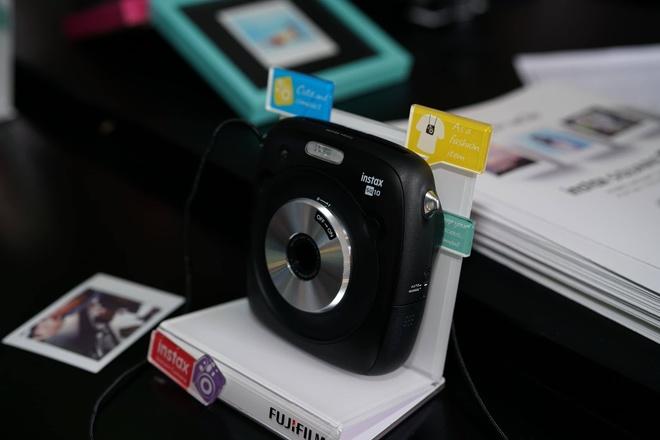 Fujifilm ra mat may anh chup lay lien gia tu 2 trieu o VN hinh anh 2