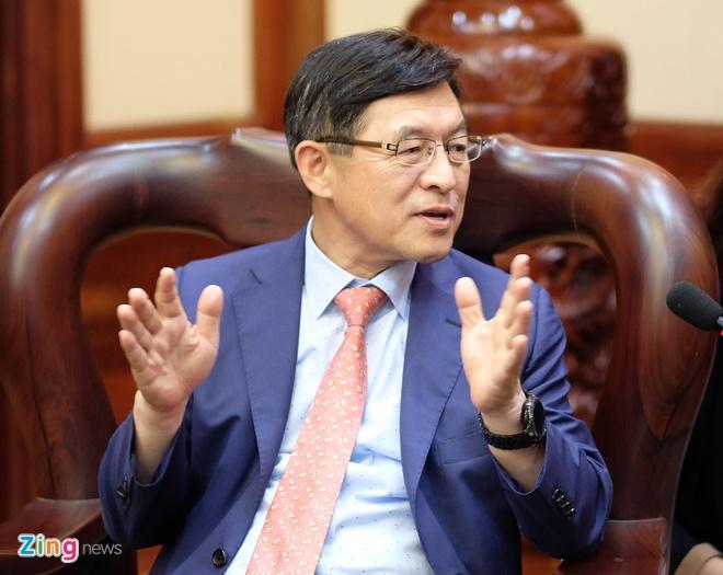 Bi thu TP.HCM: Can them doanh nghiep Viet san xuat cho Samsung hinh anh 3