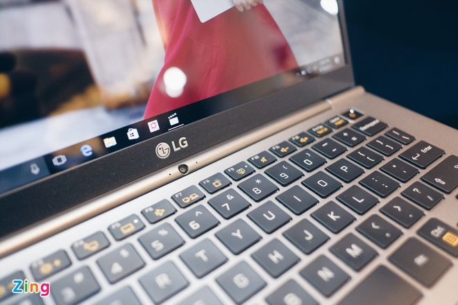 laptop nhe nhat the gioi LG gram anh 5