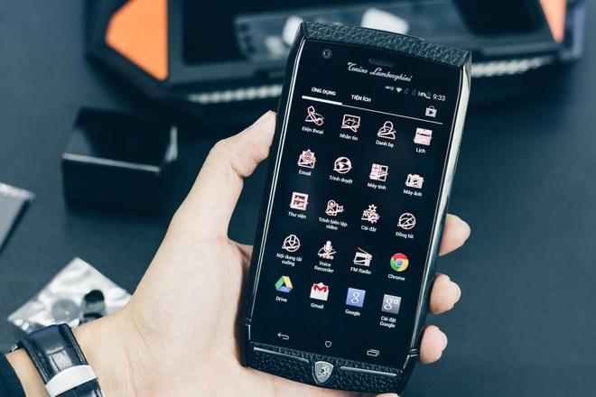 Smartphone Lamborghini cau hinh ngang Bphone gia 100 trieu o VN hinh anh 9