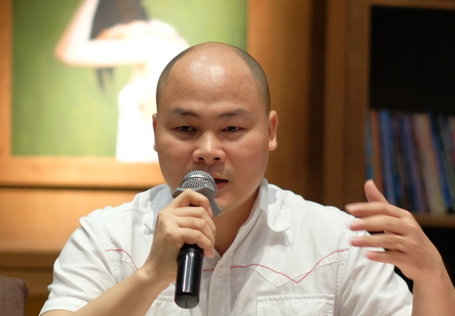 Nguyen Tu Quang: 'Toi chua dam doc bao tu ngay ra Bphone 2017' hinh anh