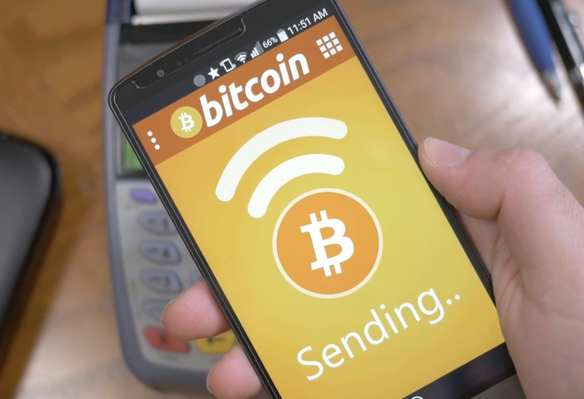 Gia Bitcoin vuot muc 100 trieu dong o Viet Nam hinh anh