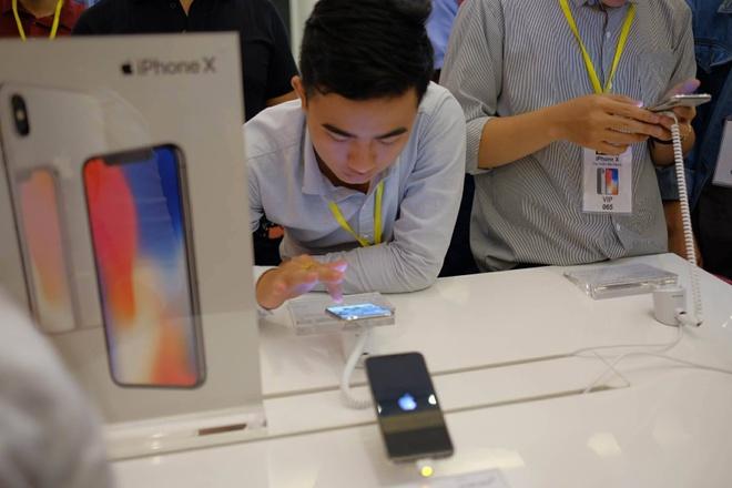 iPhone X tai Viet Nam anh 4