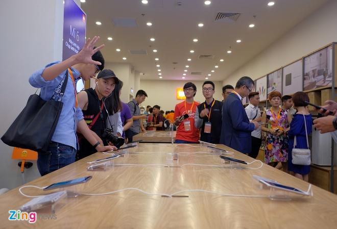 Xiaomi mo cua hang dau tien tai Viet Nam hinh anh 3