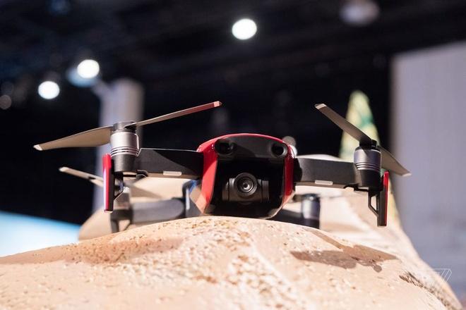 DJI Mavic Air ra mat: Drone quay 4K nho gon, gia 799 USD hinh anh 3