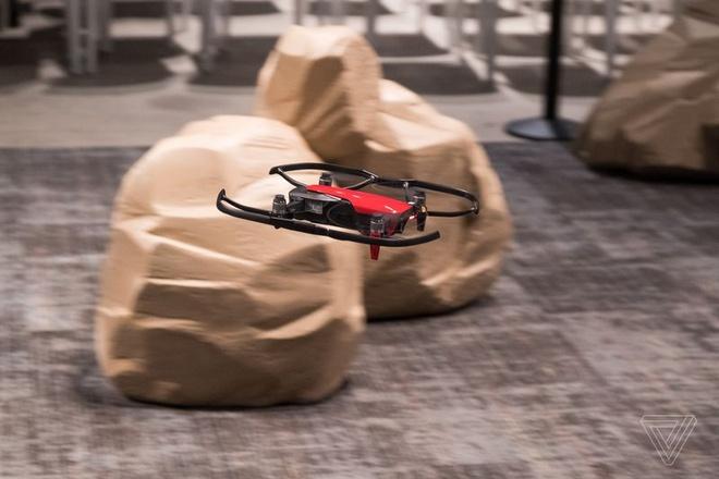 DJI Mavic Air ra mat: Drone quay 4K nho gon, gia 799 USD hinh anh 5