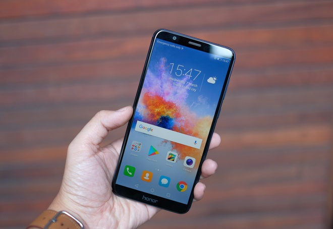 Honor tro lai VN voi smartphone 4 camera, chuyen choi game hinh anh 2