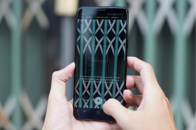 Galaxy S9+ 256 GB mau xanh xach tay ve VN gia 25 trieu hinh anh 2