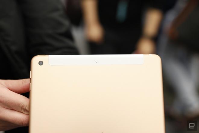 Chi tiet mau iPad gia re vua ra mat cua Apple hinh anh 6