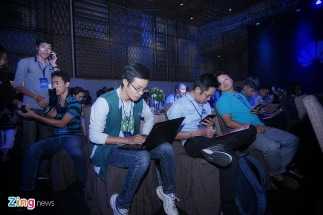 Huawei ra mat nova 3e anh 4