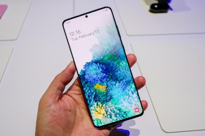 Google dam phan uu tien Google Assistant tren smartphone Samsung anh 1
