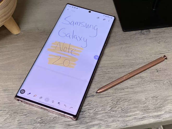 So sanh Galaxy Note20 Ultra va iPhone 12 Pro Max anh 4