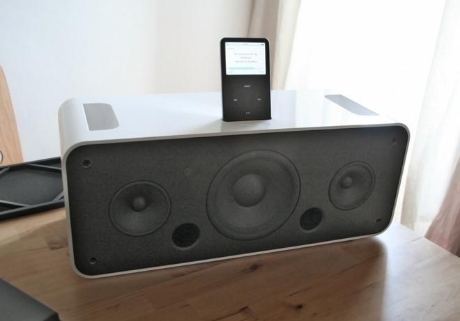 Nguyen mau Mac mini voi cong cam iPod cua Apple anh 2
