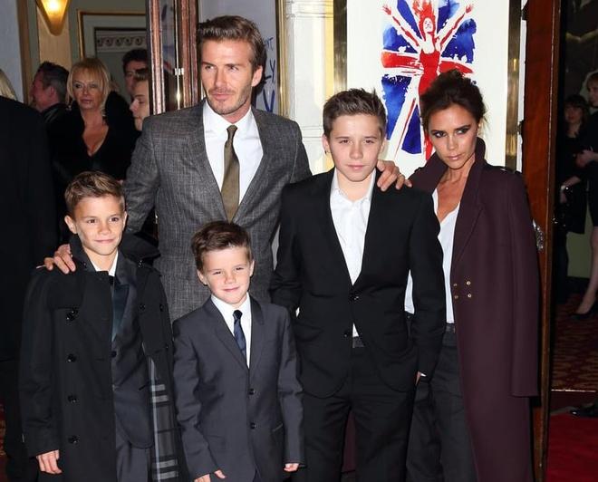 Gia dinh Beckham luon biet cach dien do noi bat nhat su kien hinh anh 4