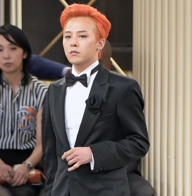 G-Dragon va nhung lan chung minh dang cap thoi trang khi dien suit hinh anh 5