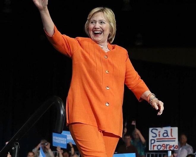 Phong cach thoi trang cua ba Hillary Clinton anh 8