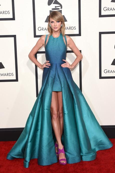 Taylor Swift va nhung bo canh dep nhat tren tham do 10 nam qua hinh anh 7 7.jpg