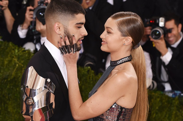 Gigi Hadid va Zayn luon mac dep, chat ngau khi xuat hien ben nhau hinh anh 5 Billboard.jpg