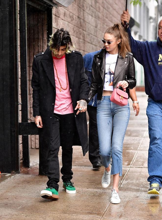 Gigi Hadid va Zayn luon mac dep, chat ngau khi xuat hien ben nhau hinh anh 10 Vogue.jpg