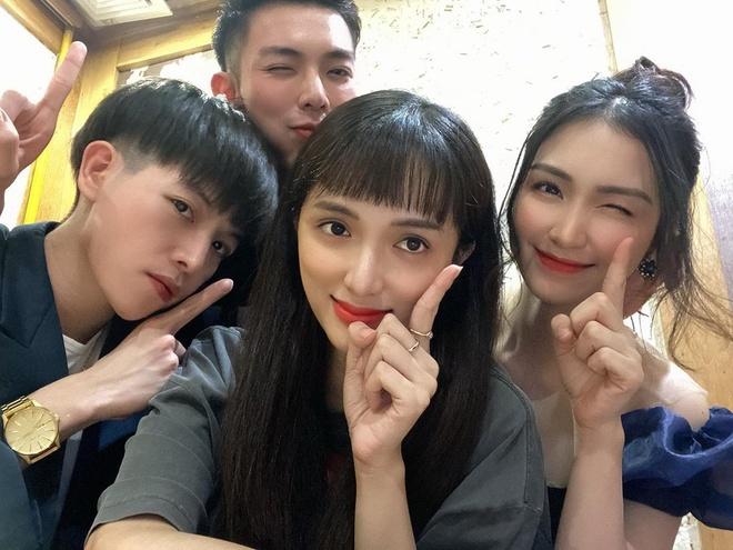 huong giang va ban phoi do nhom anh 3