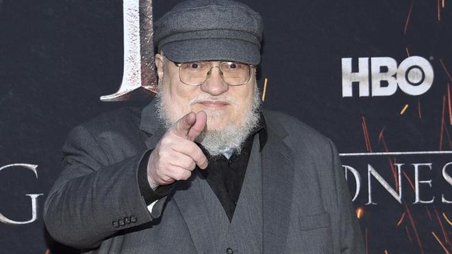 Fan Game of Thrones thu thap chu ky khap Internet doi lam lai mua 8 hinh anh 2