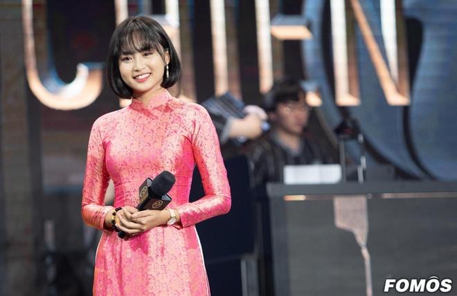Khong phai Minh Nghi, co gai nay gio la 'nu than' lang eSports VN hinh anh 10