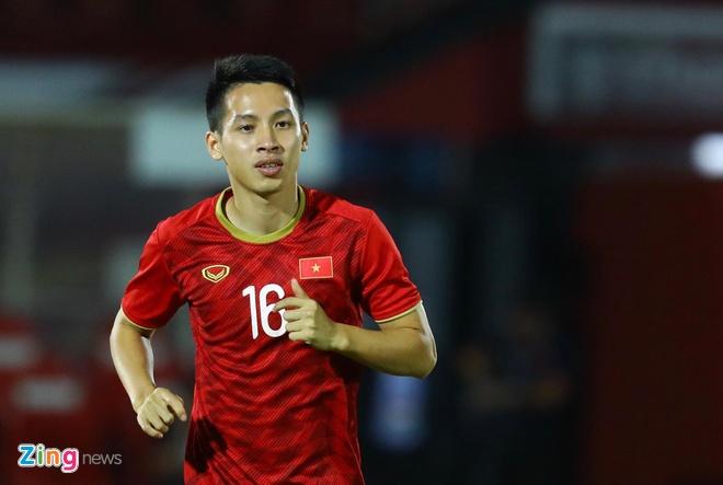 Hung Dung duoc goi la Messi Viet Nam sau pha sut hong penalty hinh anh 1