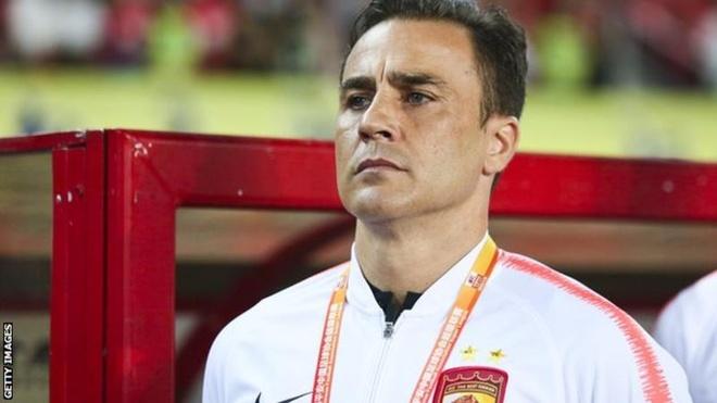 Cannavaro tro lai ghe huan luyen sau khi tu kiem diem hinh anh 1