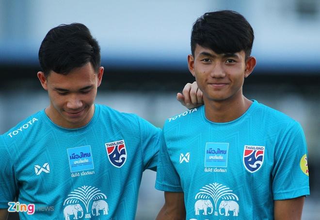 Vi sao Thai Lan khong goi cau thu tren 22 tuoi du SEA Games? hinh anh 1
