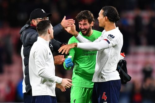 Liverpool nang khoang cach voi Man City len thanh 14 diem hinh anh 1