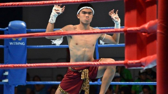 Sao tre bong da Indonesia gianh HCD Muay Thai tai SEA Games 30 hinh anh 1