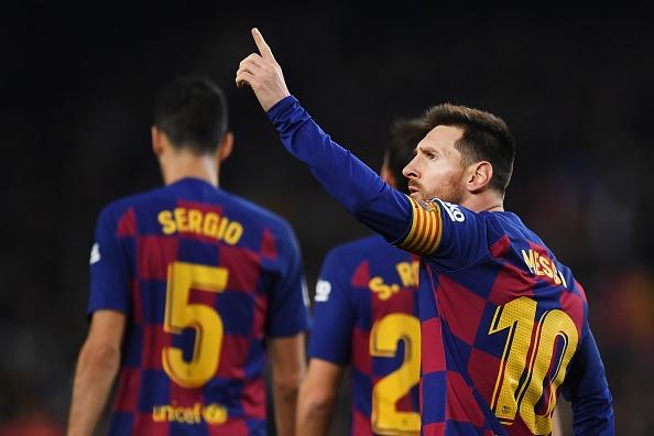 Messi tao cot moc moi va vuot thanh tich ghi ban cua Ronaldo hinh anh 1
