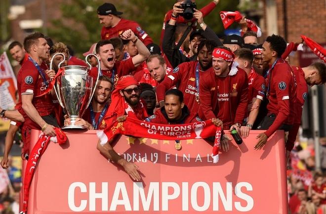 Liverpool vuot MU, co hop dong ao dau dat nhat Premier League hinh anh 1 liver.jpg