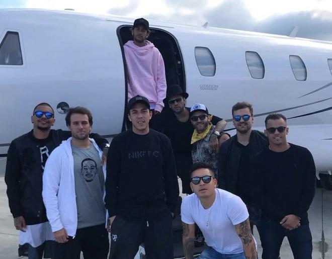 Neymar và thú vui tiệc tùng gây nhiều phiền toái