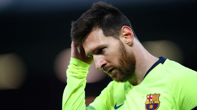 messi dinh chan thuong anh 1
